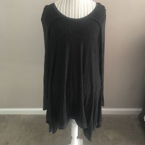 Gray and Black striped tunic. Good condition.